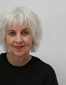 Tasmanian author wins 2021 Miles Franklin Award for novel completed at ANU